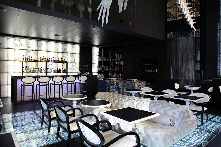 glass mar angel leon taberna hotel urban madridclick