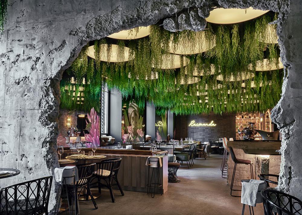 Terraza y restaurante Raimunda en Palacio Linares de Madrid