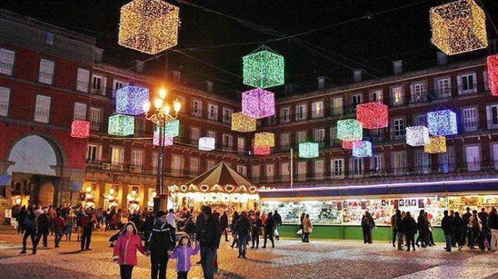 mercadillo de madrid plaza mayor
