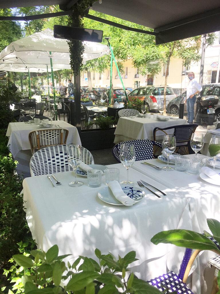 terraza bistronomika en la calle Ibiza